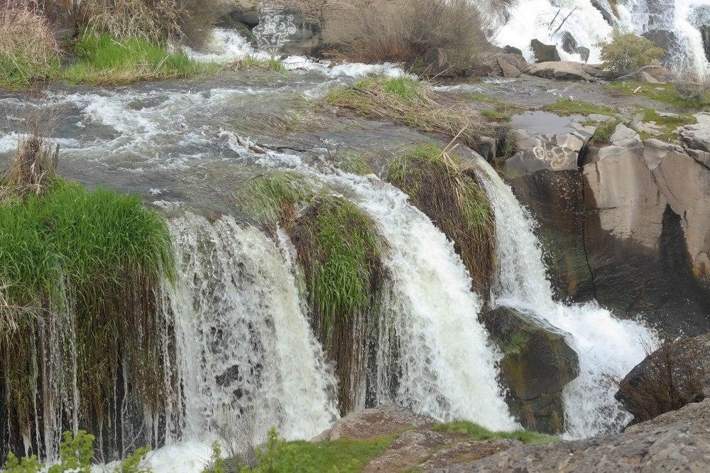 Kline-falls-water.jpg